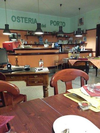 Osteria Del Porto: Interno