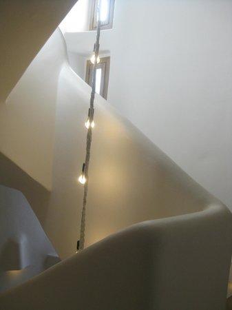 HM Balanguera: Stairs