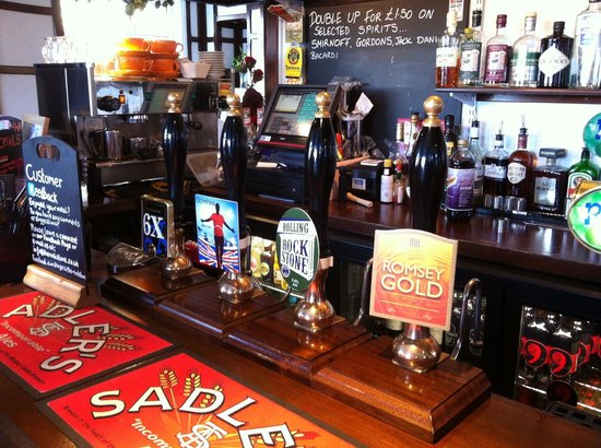 The Rockstone: Eight real ale pumps