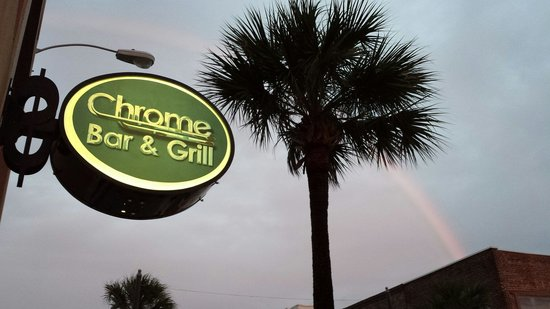 Chrome Bar & Grill: Best view on Main Street
