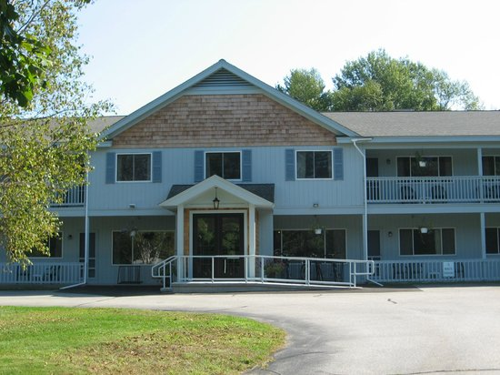 Forest Glen Inn : Come in and visit