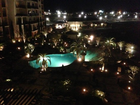 Marina Inn at Grande Dunes: Pool view at night