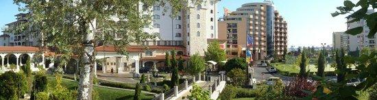Royal Palace Helena Park Hotel : Helena Park Resort