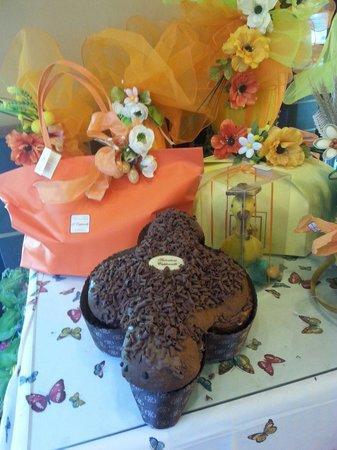 Patisserie Capparelli: Colomba artigianale a nutella