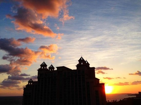 The Reef Atlantis, Autograph Collection: Sunrise view from Reef balcony
