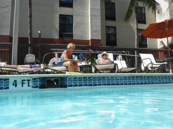 Hampton Inn & Suites Fort Myers Beach / Sanibel Gateway: Pool