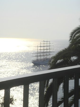Santa Caterina Hotel: Breath taking view from the room (sail boat happened to be passing by)