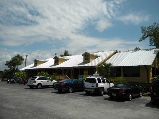 the oyster house restaurant everglades city fl picture of the rh tripadvisor co uk