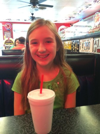 M G's Restaurant: lunch with daughter