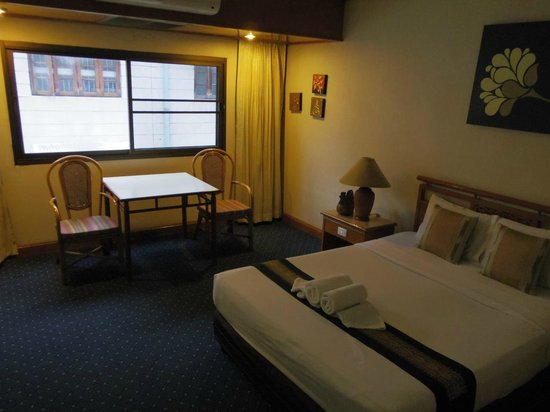 Tapae Place Hotel: 部屋