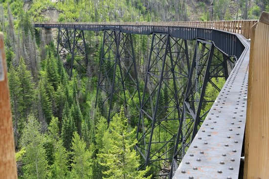 Myra Canyon Park: One of the longest trestles at Myra Canyon Trestles / Kettle Valley Railway.