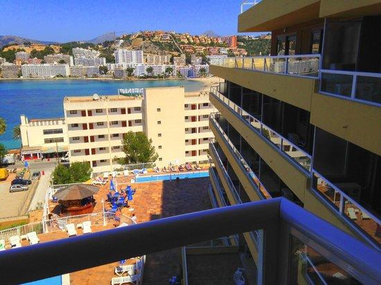 Apartamentos Portofino y Sorrento: view from the balcony