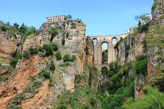 El Tajo: Вид на новый мост