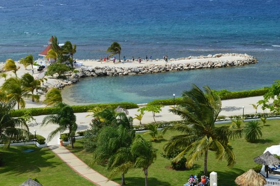 Luxury Bahia Principe Runaway Bay Don Pablo Collection: One of many weddings we saw from afar