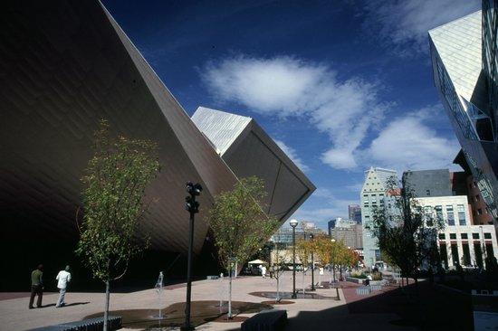 Denver Art Museum: Frederic C. Hamilton Building/Plaza