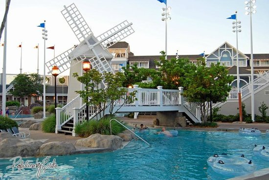 Disney S Yacht Club Resort Beach Pool Lazy River