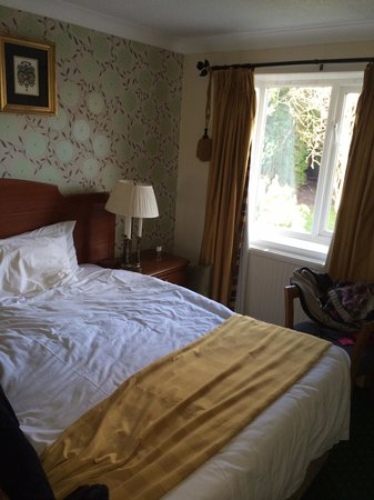 Clachan Cottage Hotel: Double bedroom