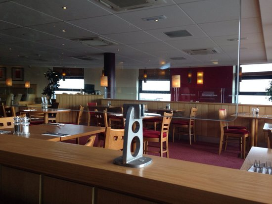Premier Inn Hull City Centre Hotel: Resturant