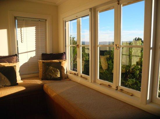 Waipoua Lodge: Breakfast room