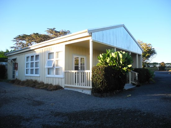 Waipoua Lodge : Our cottage exterior