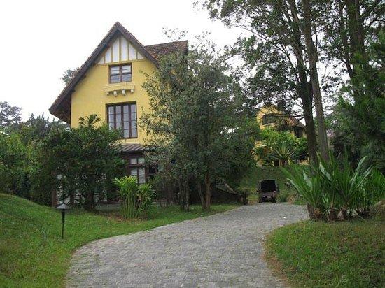 Ana Mandara Villas Dalat Resort & Spa: Separate buildings house guests