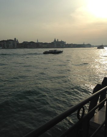 Hilton Molino Stucky Venice Hotel: View from the Hilton