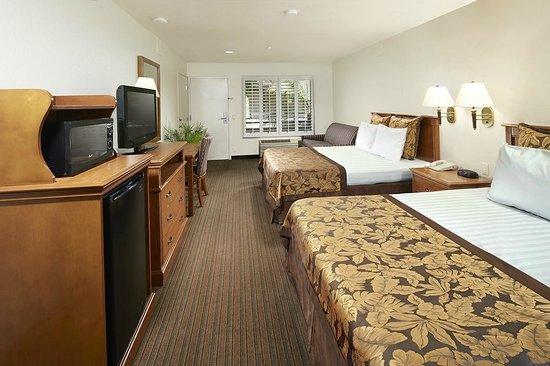 Desert Inn Hotel Anaheim