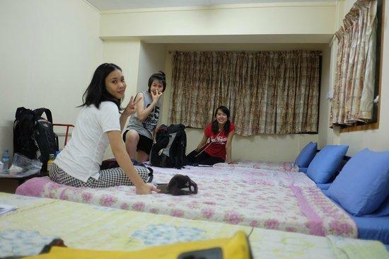 Hninn Si Budget Inn: 4 Bedroom
