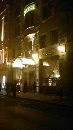 K+K Hotel Central front entrance