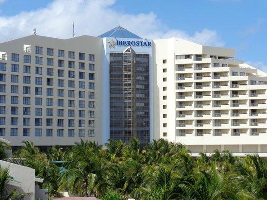 Iberostar Cancun: View from balcony