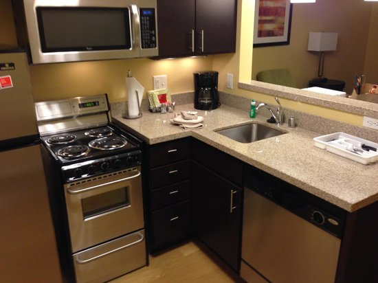 TownePlace Suites Albuquerque North: Kitchen