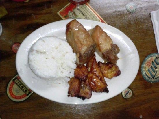 Mesa's BBQ : Giant Pork Chunks - I'm talking huge & delicious.