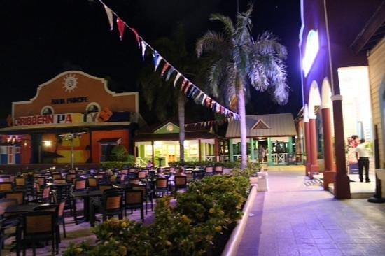 Grand Bahia Principe Punta Cana: market area