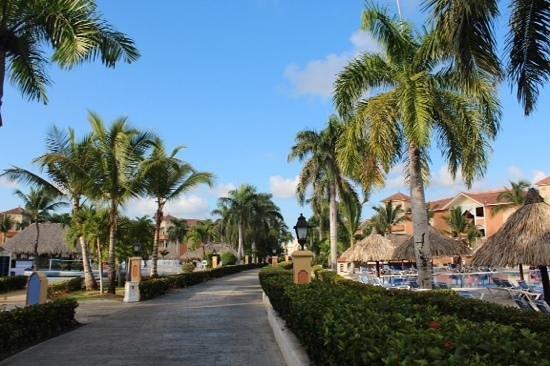 Grand Bahia Principe Punta Cana: outside our villa