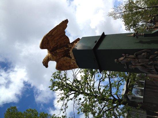 ARTIS Amsterdam Royal Zoo: Eagle on the Entranc of Artis