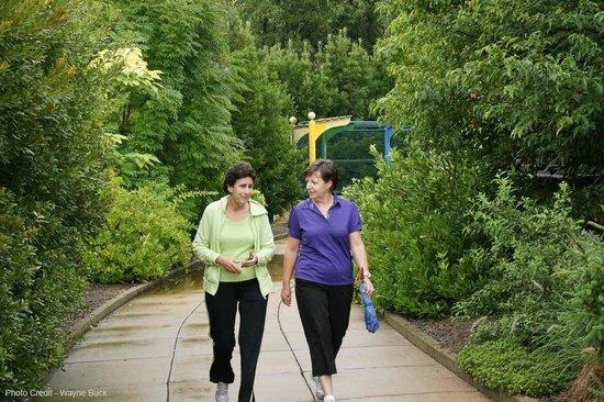 Norfolk Botanical Garden : exiting the children's garden