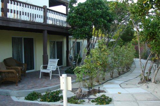 Atlantic Ocean Beach Villas: West side of the building - Ocean Reef Villa side.