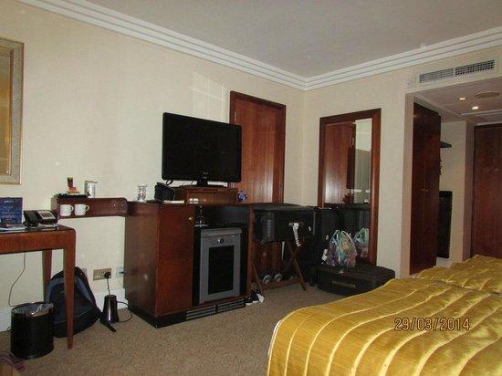 Radisson Blu Portman Hotel, London: Room 1