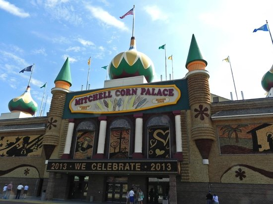 Front entrance of Corn Palace