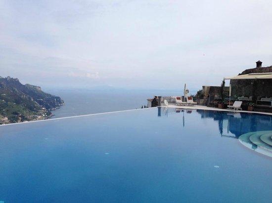 Belmond Hotel Caruso: la piscina mozza fiato