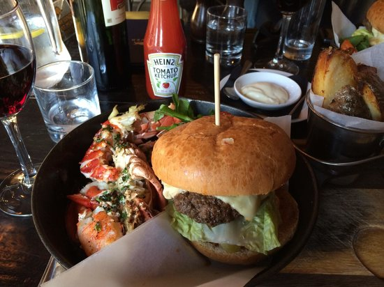 River Bar Steakhouse & Grill: Perfect combination!