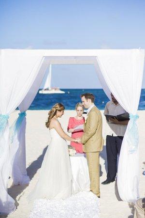 Paradisus Palma Real Golf & Spa Resort: Wedding Ceremony (Photo by Hernan of Tropic One Studio)