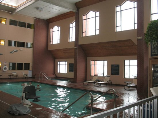 The Inn On Lake Superior: Indoor Pool