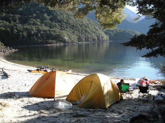 Southern Outdoor Instruction: Sea Kayaking on Lake Manapouri