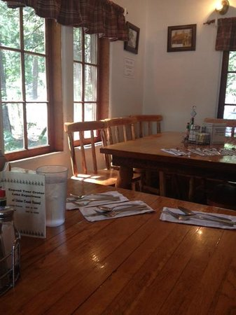 Beckie's Cafe : How a country diner should look