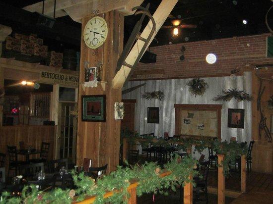 Casagranda's Steakhouse: Decor
