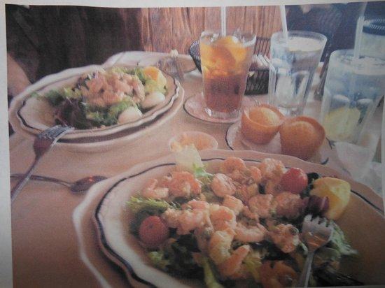 Ocean Grill Restaurant: lunch..shrimp sald