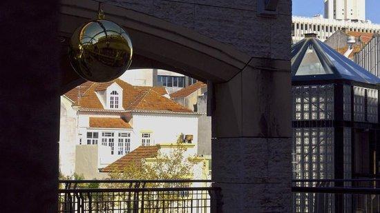 Forum Aveiro: Vista de interior para exterior