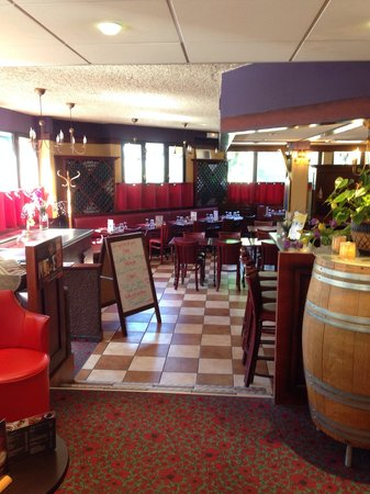 ibis Lourdes Centre Gare: Restauante do Ibis muito Bom!! Nem sabia q algum Ibis teria restaurante bom assim!!