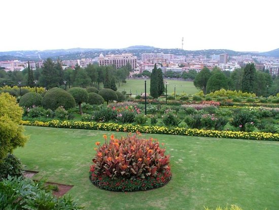 Union Buildings: Gardens and View